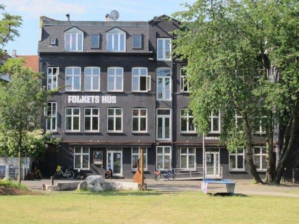 Information om lukningen af Folkets Hus.