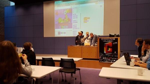 Elever fra Nørrebro Park Skole lærer at kode