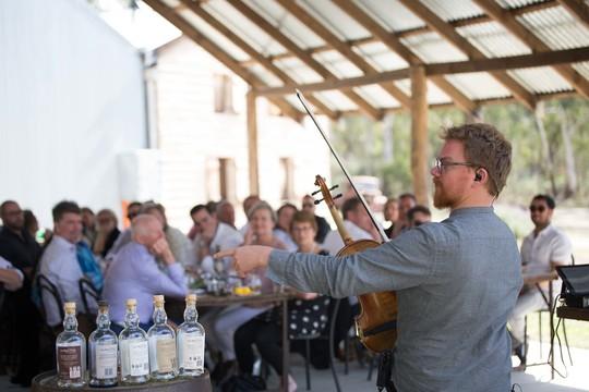 Lyden af jazz og smagen af whisky i smuk harmoni