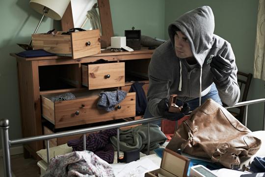 Mødet med en indbrudstyv kan udløse behov for krisehjælp