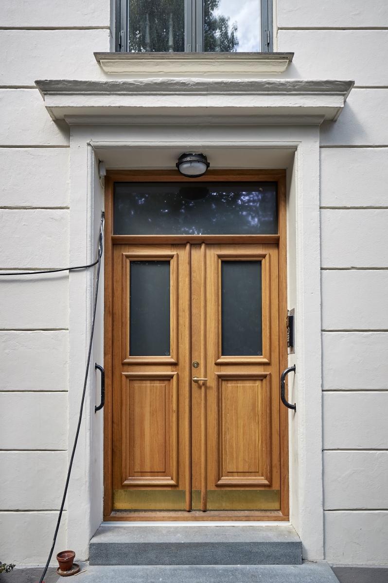 Koblede vinduer og døre vidner om Jagtvejs mindre kendte historie