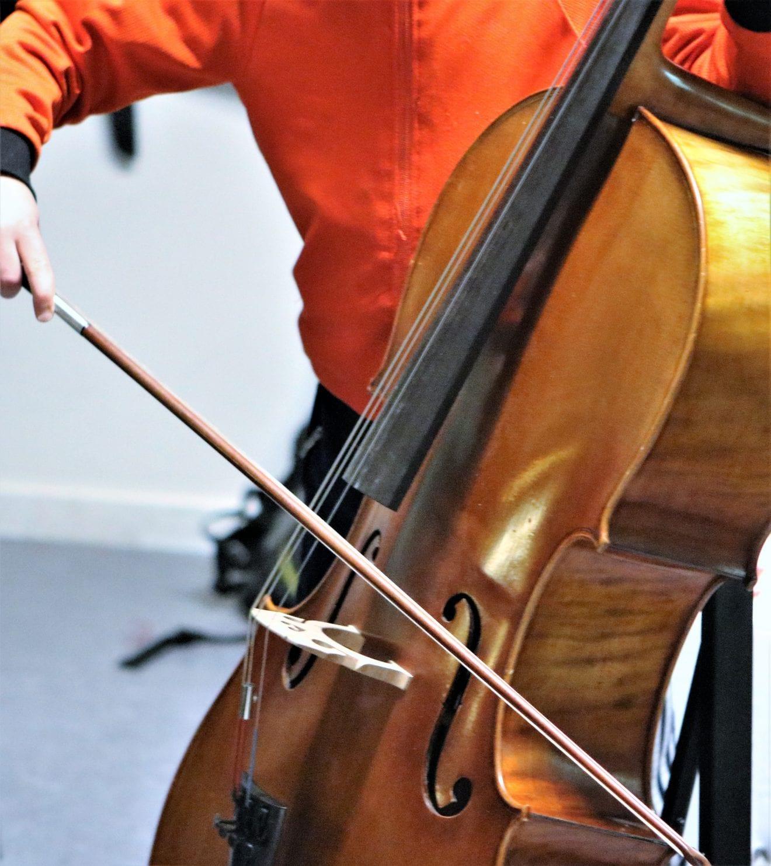 Klassisk minikoncert for små ører: Cello