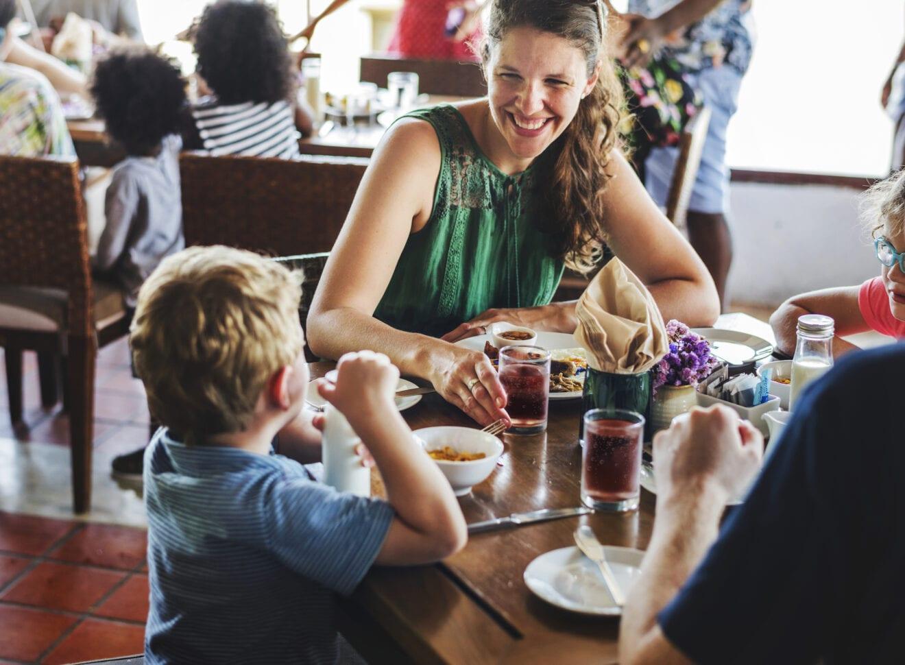 Hjælp til udsatte familier og lokal restaurant på Nørrebro