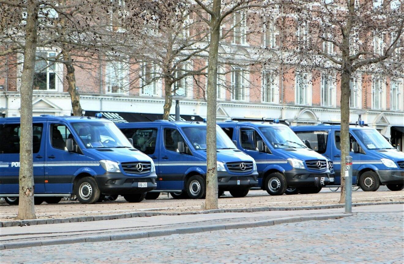 Advarsel: Røvere kopierer ofres Mobilepay – kender du disse mænd?