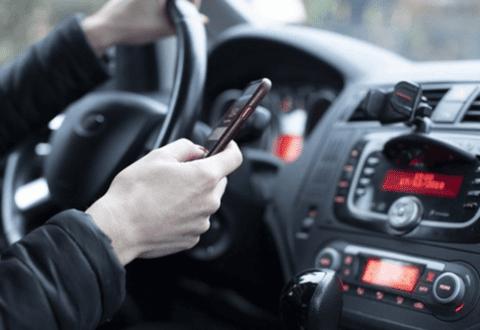 Tårnhøjt: Politiet uddeler mere end 500 klip om ugen for mobilsnak